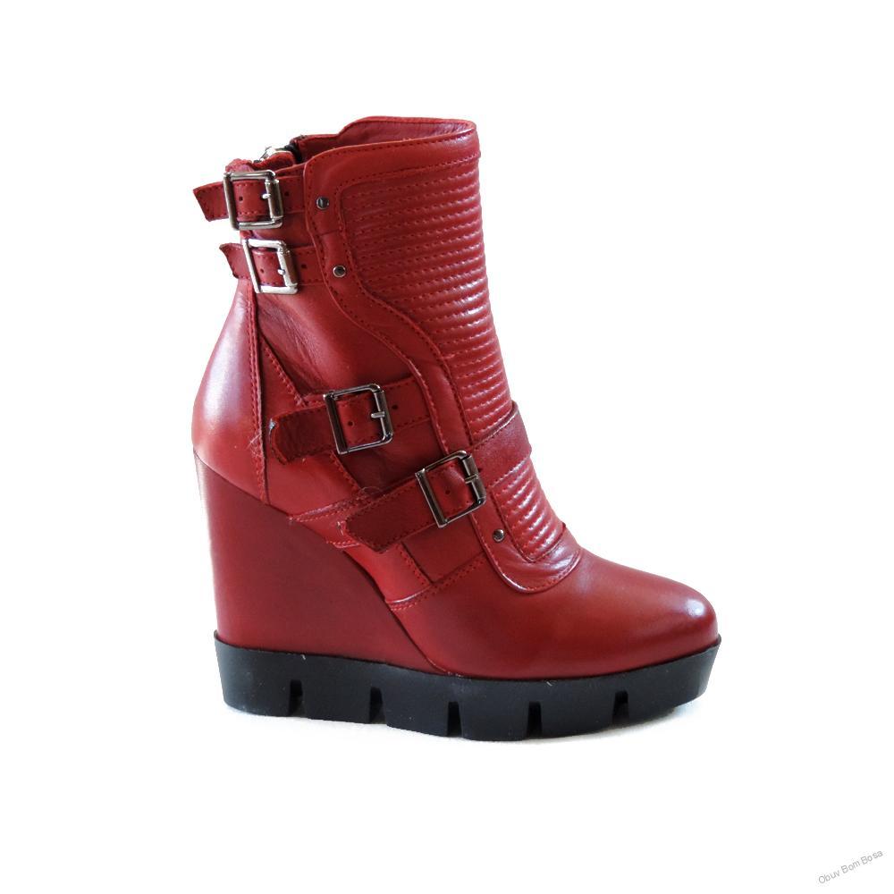 9f088ef650eb Červená dámska kotníková obuv