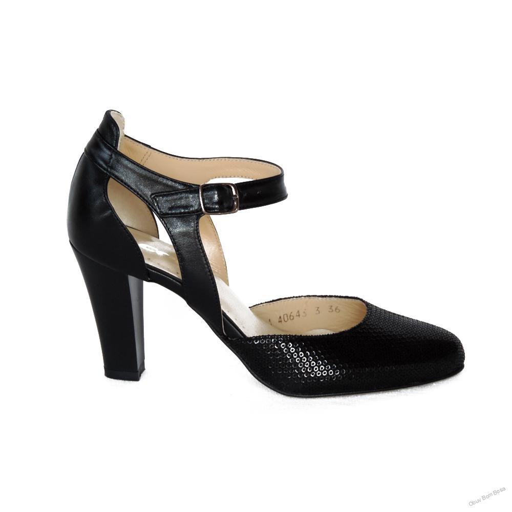 e2e8d60fffc0 Čierne dámske kožené sandále